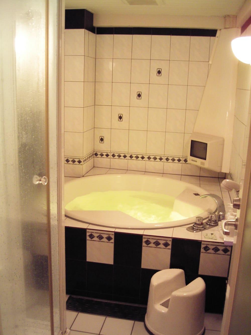 Cuarto de baño de un Love Hotel