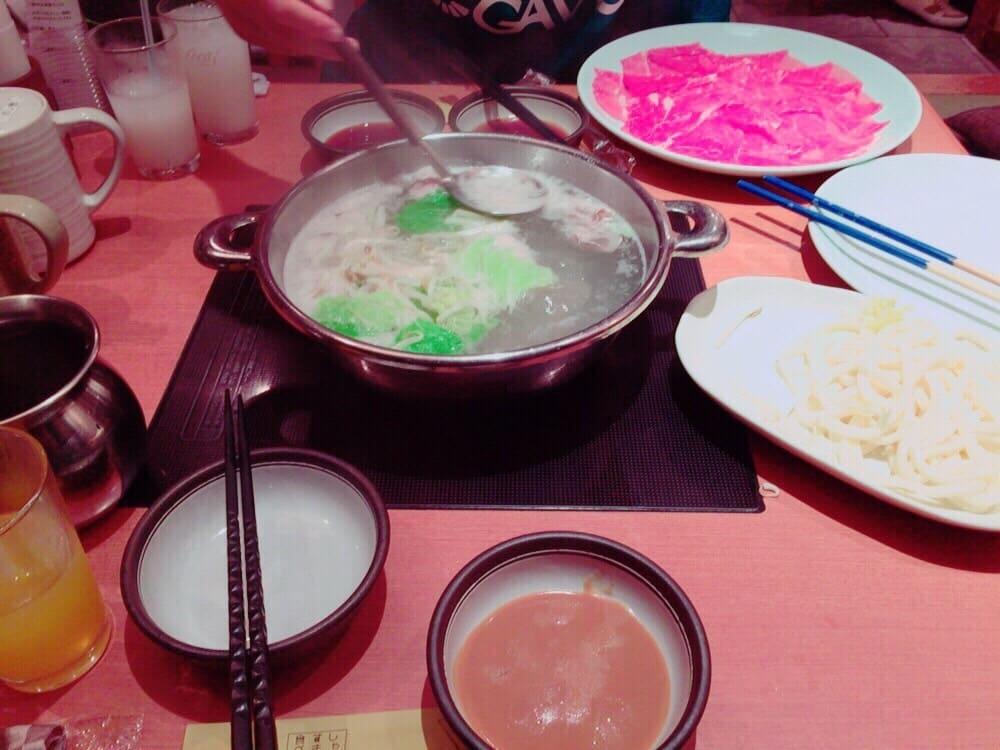 Shabu shabu, uno de los 13 platos típicos de Japón