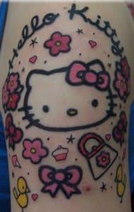 Tatuaje japones: Tatuaje de Hello Kitty en el brazo